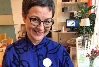 Tanssitaiteilija Helena Ratinen.